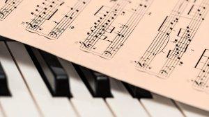 Pour devenir une Rock Star, pensez aussi à votre communication - Music Bizness